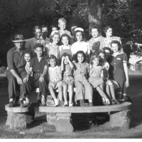 Oklahoma Cirty Cast Photo, early 1940s
